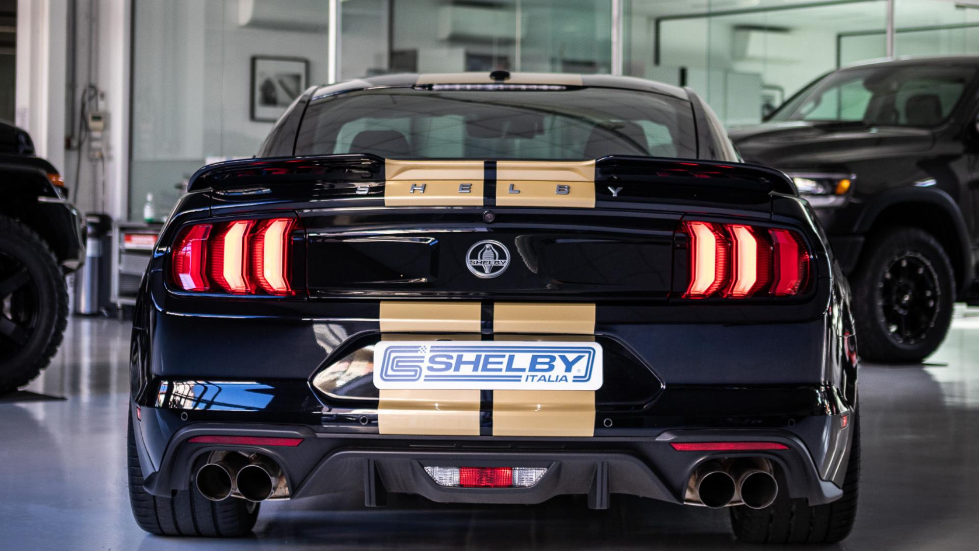 Retro Shelby GT-H