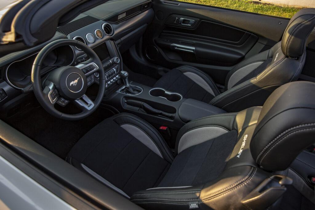 Sedili Shelby GT-H